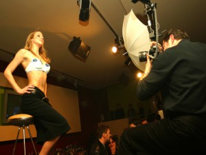 Studio-Photographer-With-Model