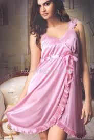 nightwear, choosing nightwear, nightwear for woman, feminine nightwear